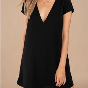 Tobi Vneck Shift Dress